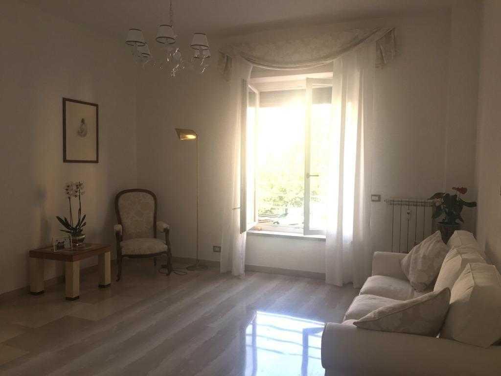 Roma parioli trilocale affitto for Affitto studio roma parioli