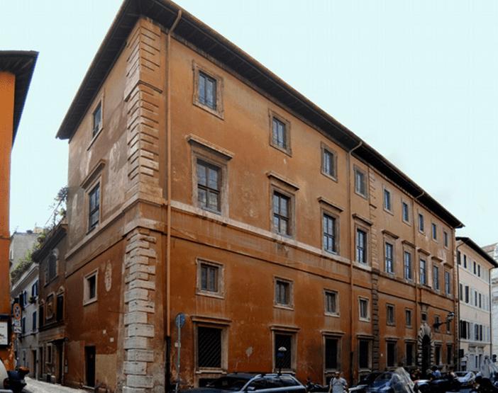 Protetto: Roma Via Giulia Vendita Palazzo Cielo Terra
