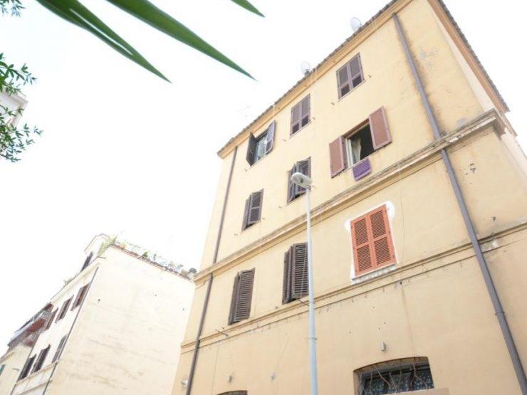 Roma Via Giovanni Brancaleone 36