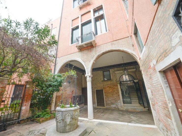 Venezia Importante intero piano nobile mq 400 Palazzo Torniello
