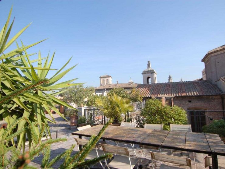 Roma Attico al Portico Ottavia mq 180 piu terrazza