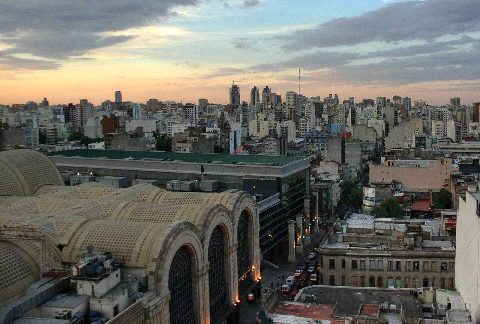 Abasto_shopping_center_looking_North
