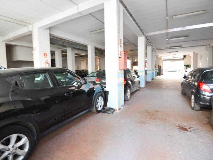 Roma Monteverde Locale Garage