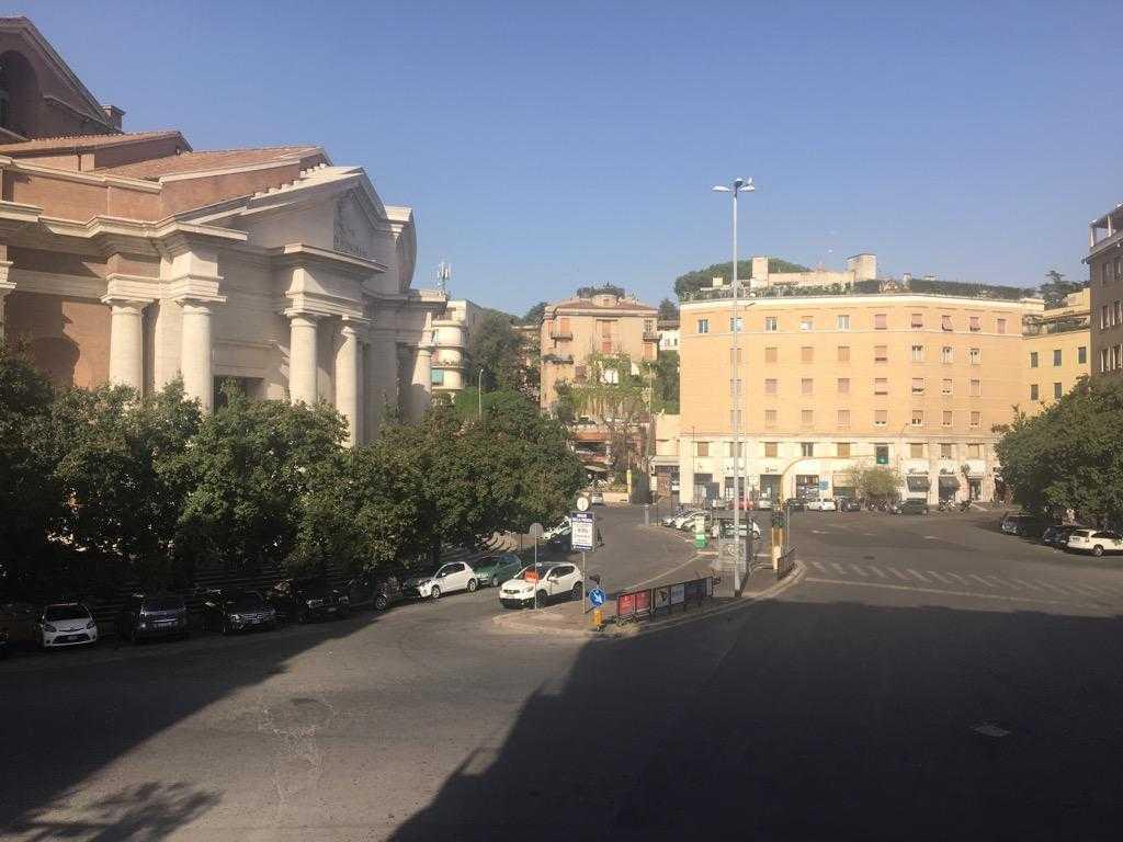 Roma parioli trilocale affitto for Parioli affitto roma