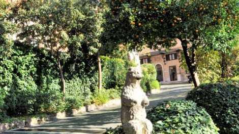 Roma via Monte Savello