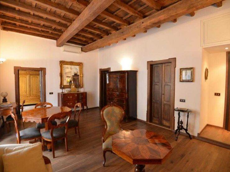 Roma Centro Storico Vendita Appartamento di prestigio Piazza Costaguti