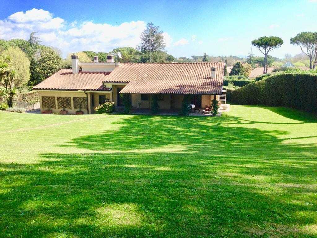 Roma Olgiata Affitto Villa di pregio zona Isola