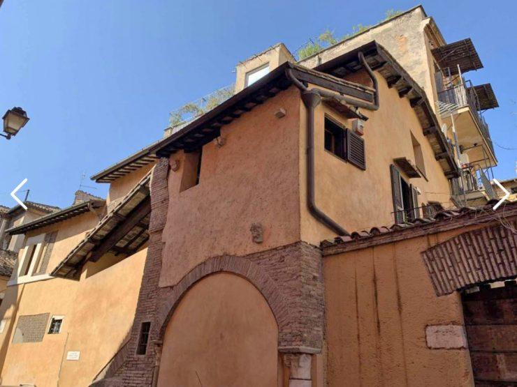 Roma Trastevere Casa di vicolo della Luce