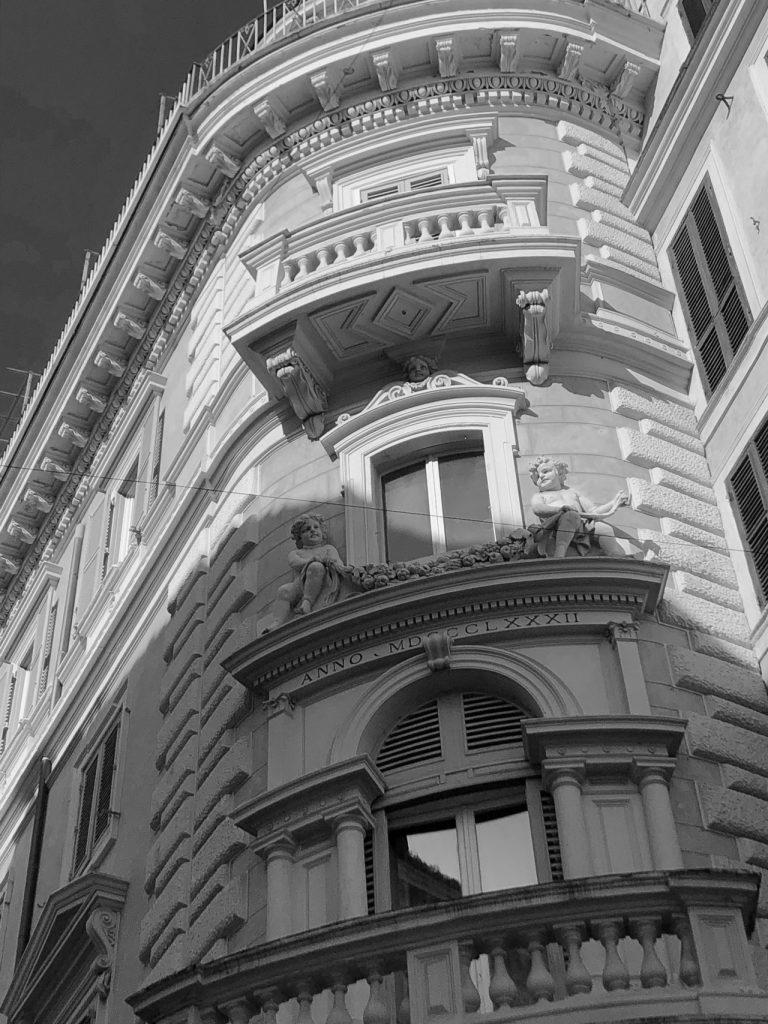 Valuta la tua casa in centro storico a Roma rione pigna